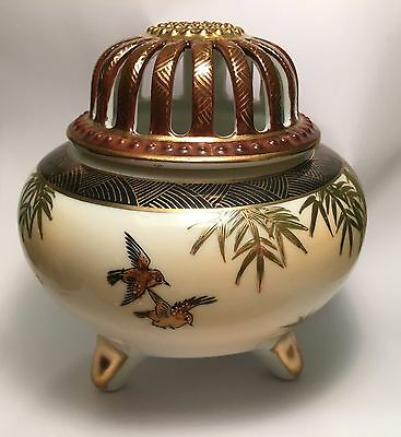 Japanese Kutani Hand Painted Porcelain Footed Incense Burner Birds & Bamboo NR