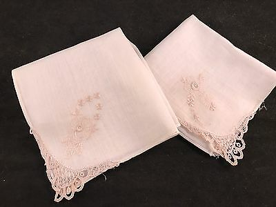 Pair Of Vintage White On White Embroidery & Lace Ladies' Hankies/handkerchiefs