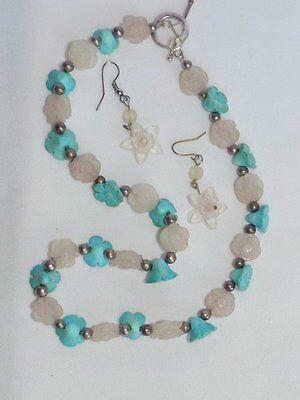 HANDCRAFTED CARVED TURQUOISE & ROSE QUARTZ STONE FLOWER NECKLACE w/EARRINGS