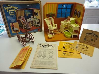 Vinteage 1970s SUNSHINE FAMILY Baby Room Playset By Mattel
