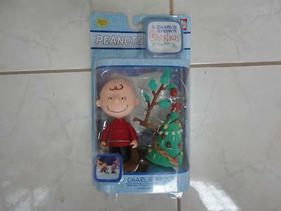 PEANUTS Vinyl Figure It's Christmas Time Charlie Brown 2004 NEW