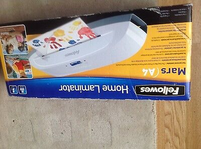 Fellowes Mars A4 Laminator Home Office Laminating Machine damaged packaging