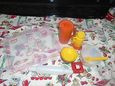 Vintage Tupperware Kids Play Dishes Lot