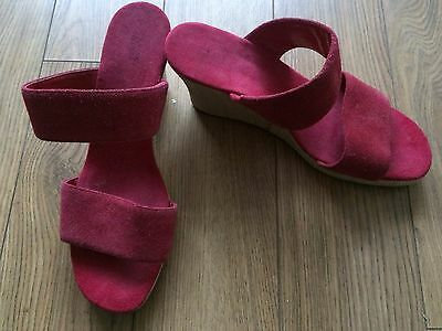 M & S Stunning Cerise Pink Suede Leather Wedge Sandals/mules Size 7 Holiday