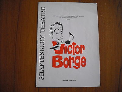 Shaftesbury Theatre, London - Victor Borge - 1962/63