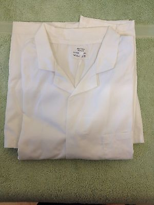 White Laboratory / Doctors /Science Coat (chest 44in)
