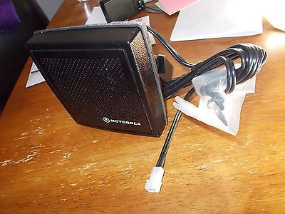 New Motorola HSN4031B Internal/External Speaker W/Bracket MCS XTL APX