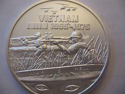 1 .oz. 999 Pure Silver Detailed Coin 1955-1975 War Is Hell Vietnam Heroes + Gold