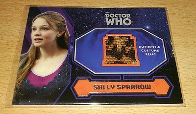 Topps Doctor Who 2015: Sally Sparrow's Coat Costume/Wardrobe Relic Card.