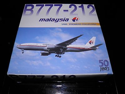 Dragon wings die cast aircraft. Boeing 777 Malaysia Airlines