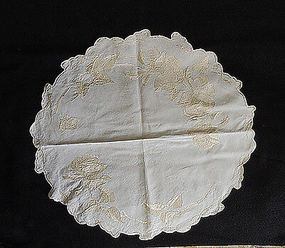 Gorgeous Antique Victorian Society Silk Embroidered Doily / Centerpiece
