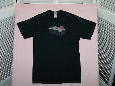 Vintage Green Day black mousetrap tee shirt with heart size S