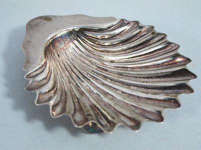 ANTIQUE SOLID STERLING SILVER SCALLOP SHELL DISH GOLDSMITHS & SIVERMITHS Co 1896