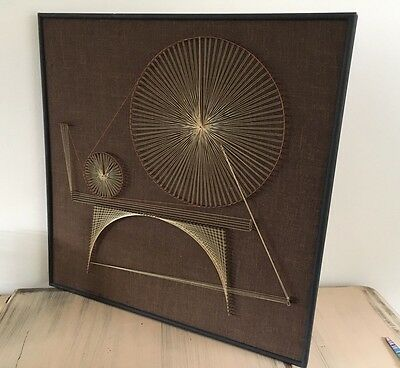 Vintage Retro String Abstract Pin Art Picture
