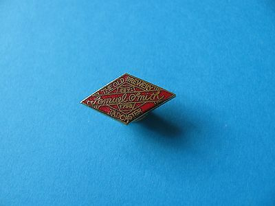 SAMUEL SMITH, The Old TADCASTER Brewery Beer Pin Badge, Hard Enamel. VGC.