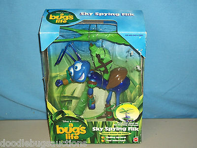 1998 Mattel A BUG'S LIFE Disney SKY SPYING FLIK Special Edition Bugs Figure Set