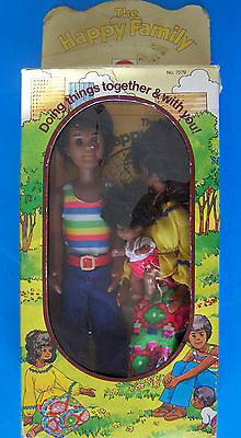 Rare 1975 SUNSHINE FUN FAMILY AA BLACK MOM, DAD & BABY SWEETS DOLLS NRFB