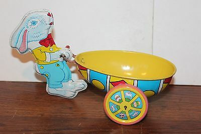 VERY NICE VINTAGE 1950's TIN J. CHEIN   # 161 EASTER RABBIT and CART