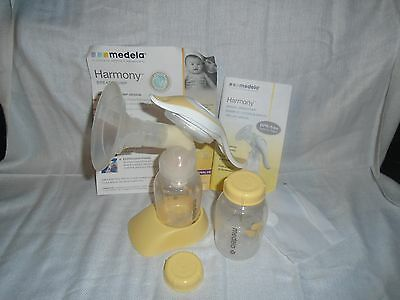 Medela Harmony Manual Breast Pump Soft Fit Shield
