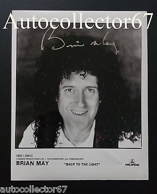 ORIGINAL authentic 1993 BRIAN MAY signed AUTOGRAPH photo Queen with proof