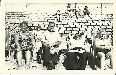Butlins Holiday Camp Clacton Official Holiday Picture Campers On The Beach Pc