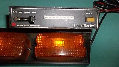 Federal Corp Signal Master SML8-30 Safety Emergency Light bar & Controller