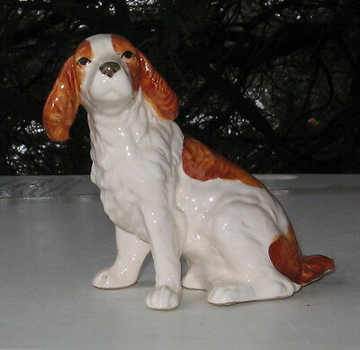 Vintage Welsh Springer Spaniel Sitting Figurine