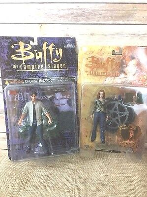 NEW Buffy the Vampire Slayer Lot of 2 Action Figures Dolls Willow Xander Ltd Ed