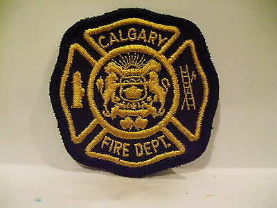 fire patch   CALGARY FIRE DEPT  ALBERTA CANADA   OLD STYLE DARK YELLOS