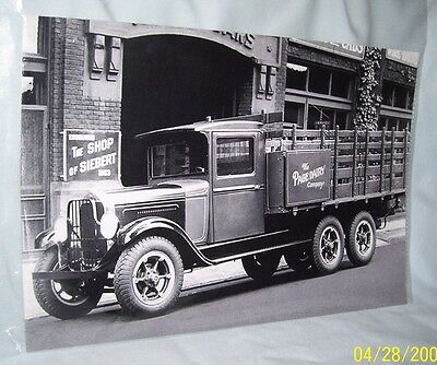 6x9 B&W photo 1930s Willys-Knight Model 103 Delivery Truck Page Dairy Toledo OH