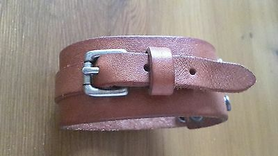 Leather fossil wrist cuff brown