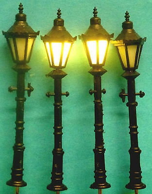 4 x 1:25 Scale Black 3Volt LED Street Lights for you Railway Layout 8.5cmTall: