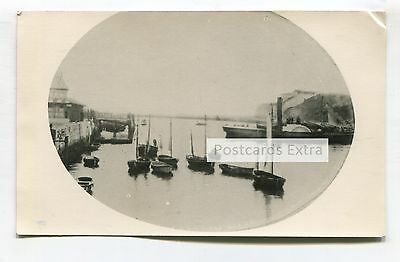 """Paddle steamer """"Telegraph"""" in unknown harbour - old postcard-sized photo"""