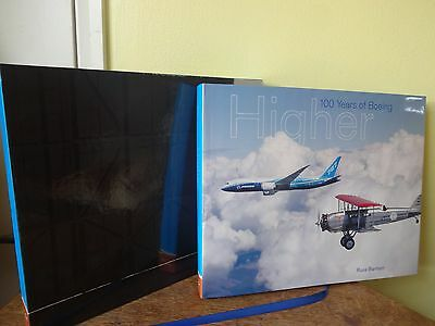 Higher 100 years of Boeing Deluxe presentation Edition in case Aircraft Flying