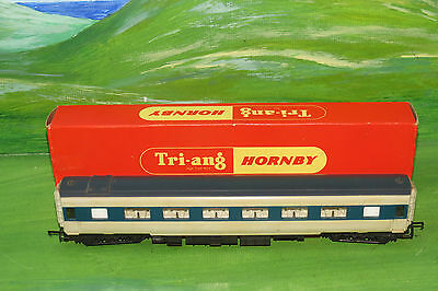 Triang Hornby R426 Pullman Parlour Car Type 6 with seats - OO Gauge - Boxed
