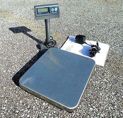 Mettler Toledo Viva Digital Counter POS Scale 30 LB w/ Readout Stand Base