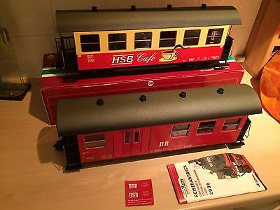Lgb G Gauge 31710 Dr Baggage & 32733 Hsb Cafe Coach With 5 Passengers