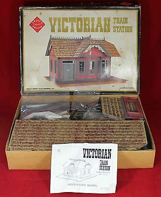 Aristocraft Craft Victorian Model Train Station #7100 - In Box - G Scale Vintage