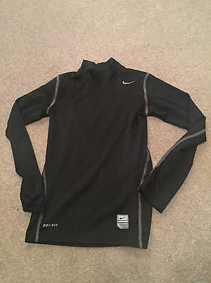Boys Nike Base Layer  Size M Great Condition