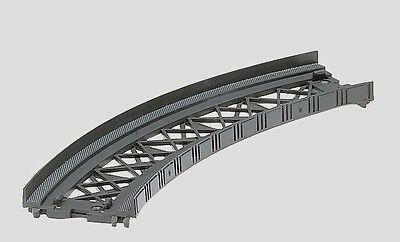 8977 Marklin Z-scale Package of 2 Bridge Ramp Curved Track curve 45
