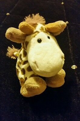 small giraffe soft toy