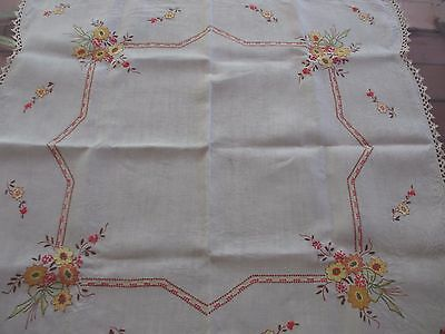 Beautiful Vintage  Flower Hand  EMBROIDERED Linen Tablecloth,lace edge