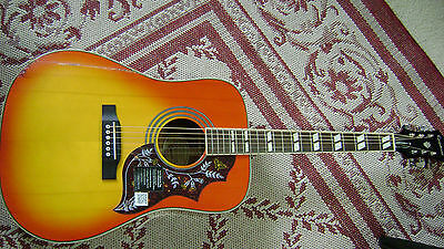 Epiphone Hummingbird Pro Accoustic/electric Guitar
