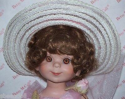 """14"""" Robert Tonner  1997 COMMERATIVE BETSY MCCALL DOLL -SIGNED -"""
