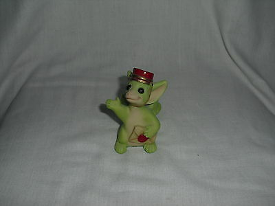 Collectible World POCKET DRAGON  Winged Messenger  1998