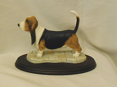 Beautiful BASSET HOUND Large Figurine hunting dog ornament model