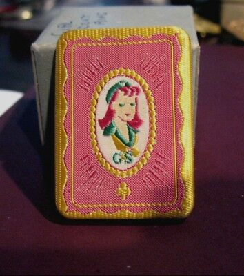 RARE 1940s PINK SILK Rayon Girl Scout FIGURAL PIN Needlepoint Excellent GIFT