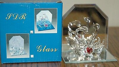 """NEW Handblown Glass 2 Swans with Heart on Mirror Clear 4"""" x 3 1/2"""" Tall"""