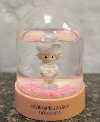 Precious Moments 'HEAVEN BLESS YOU VALENTINE' - Waterball - Love,Family 102325-5