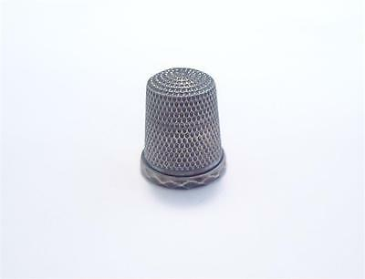 Sterling Silver Vintage Thimble ~ 3.4 grams ~ 7-B324